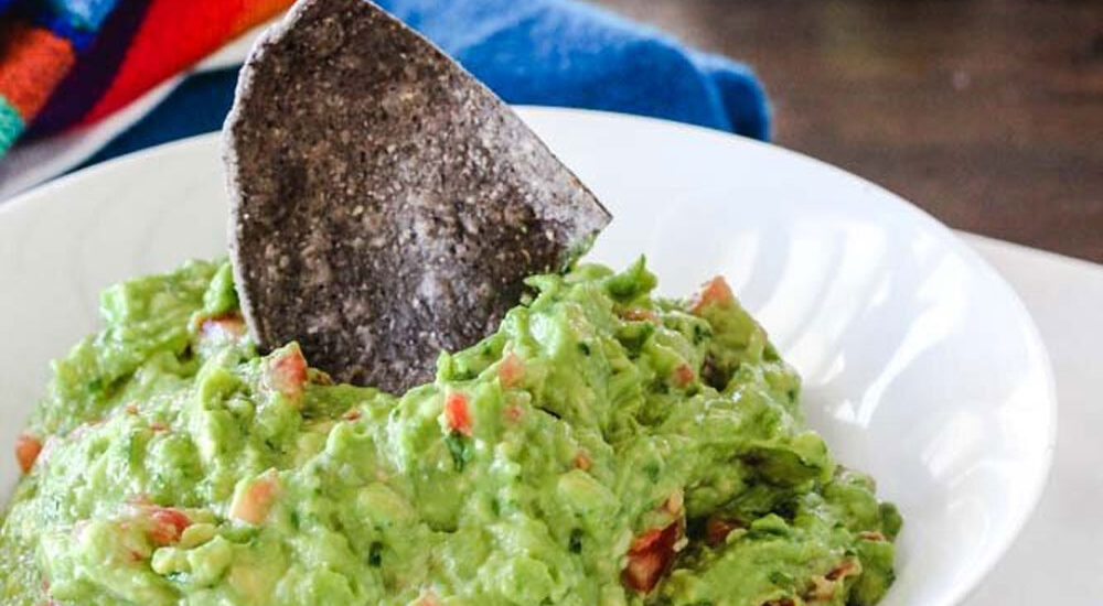 Want To Make An Authentic, Easy Guacamole Recipe? Here's How!