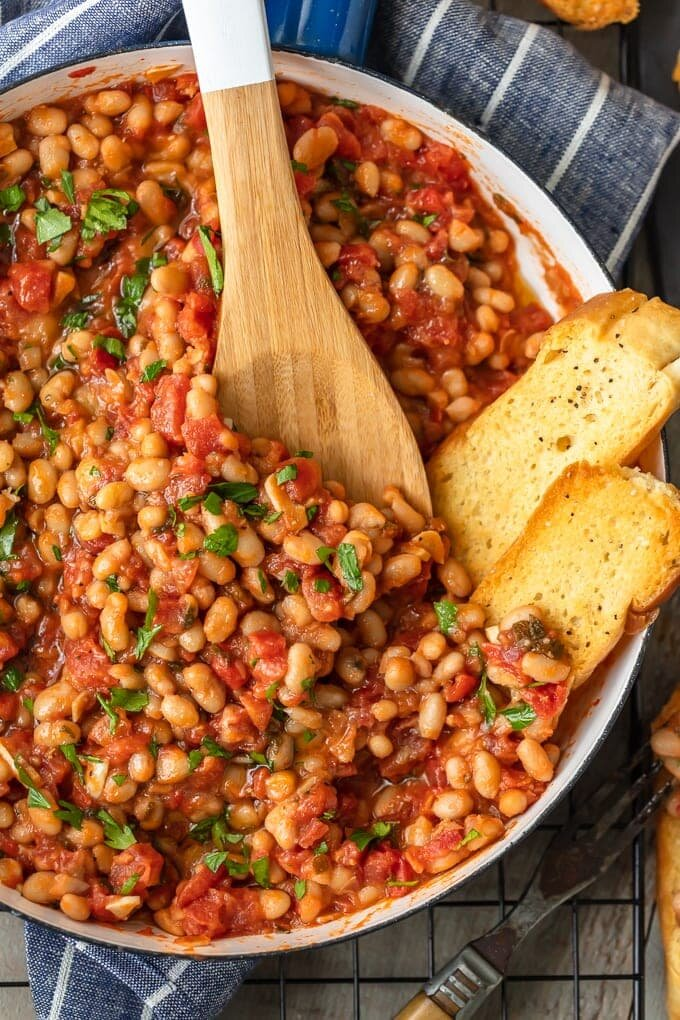 healthy-pantry-recipes-white-beans-tomatoes-garlic-4-of-6